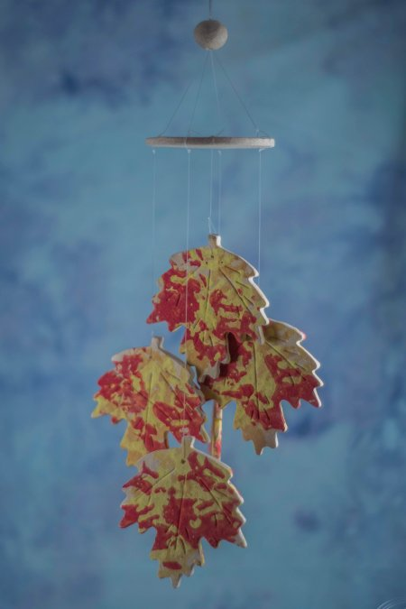autumn leaf wind chime favor